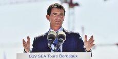 Manuel Valls lors de l'inauguration du viaduc de la Dordogne