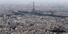 L'ambassade des États-Unis, la Tour Eiffel, les Invalides ou encore la Concorde ont été survolés.