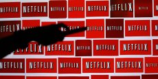 La territorialité du droit est accusée d'empêcher l'émergence d'acteurs numériques paneuropéens dans le secteur des contenus audiovisuels, découragés par un marché des droits d'auteur fonctionnant État par État. Pourtant, les sociétés américaines telles que Netflix, présent dans une douzaine de pays européens, ont négocié leurs droits dans les différents pays sans difficulté.