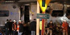 Une jeep bloquée sur une voie de chemin de fer a été percutée par un train sur la ligne de Harlem, au nord de New-York