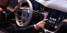 Après l'Apple CarPlay, Apple est-elle vraiment intéressée pour devenir aussi un constructeur automobile.