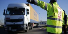 Attention danger pour le gouvernement, les fédérations CGT et FO des routiers ont décidé d'entrer dans le conflit sur la réforme du Code du travail et n'excluent pas de bloquer les dépôts de carburants.