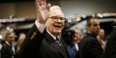 Les investissements de Warren Buffet (ici en 2008), à la tête de la société Berkshire Hathaway, sont très suivis sur les places financières.