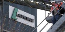 Le conseil d'administration de Lafarge reste attaché au projet qu'il entend voir mis en oeuvre, a précisé le groupe français.