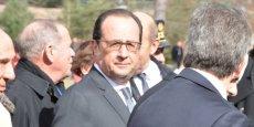 C'est entouré de Serge Dassault, Charles Edelstenne (ex-PDG) et Eric Trappier (PDG) que François Hollande a effectué la toute première visite présidentielle du site de la chaîne d'assemblage du Rafale à Mérignac