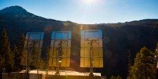 En 2013, la commune s'est dotée de trois miroirs de 17 m2 chacun, pour refléter la lumière du soleil dans la vallée.