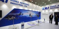 La Corée du Sud a annoncé lundi 30 mars avoir choisi l'alliance entre l'Américain Lockheed Martin et Korean Aerospace Industries (KAI) pour la conception et la construction de 120 chasseurs de classe F-16.