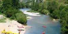 Les gorges du Tarn, dans le Sud de la Lozère, sont l'un des sites touristiques les plus fréquentés du département.