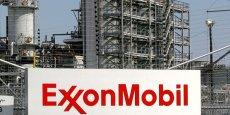 Plusieurs projets ont été gelés ces derniers mois et ExxonMobil a évalué en février à un milliard de dollars (920 millions d'euros) ses pertes potentielles liées à ces suspensions d'activités.