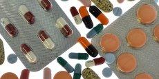 Les investissements dans les sites des industries pharmaceutiques implantés en France sont en recul depuis 2010 (932 millions d'euros investis cette année-là, contre 813 millions en 2013)