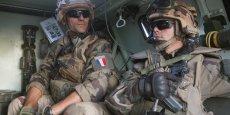 L'armée française a engagé près de 10.000 soldats sur des opérations extérieures, et 10.000 dans le programme Sentinelle.