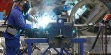 Dans la zone euro, la hausse moyenne du coût du travail depuis 2012 est de 2,1% pour l'industrie et 1% pour les services.