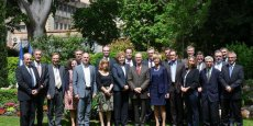 Les services de l'État réunis autour de Pascal Mailhos ce 6 mai 2015 à Carcassonne.