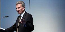 Européaniser la politique numérique est exactement ce qu'il convient de faire pour que l'Europe reste en concurrence avec le reste du monde a affirmé Günther Oettinger.