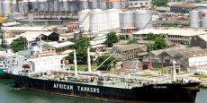 Un pétrolier dans le port de Lagos, au Nigeria.