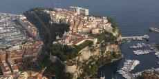 Monaco (ici le Rocher) affiche un PIB de 4,93 milliards d'euros en 2013, en hausse de 9%, après une année très creuse (+0,9%).