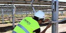 Exosun conçoit des systèmes orientant les panneaux solaires en fonction de la course du soleil.