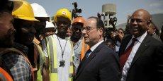 François Hollande a promis d'investir 130 millions d'euros sur cinq ans dans des projets éducatifs.