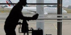 Air France KLM, EasyJet, International Airlines Group, Ryanair, Lufthansa Group, véritables poids lourds du transport aérien qui totalisent 420 millions de passagers pour l'année 2014 soit 50% des déplacements de voyageurs en Europe.