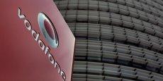 Vodafone emploie plus de 107.000 personnes dans le monde, dont 15% au Royaume-Uni et 14% en Allemagne.