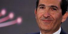 Altice prend ainsi pied pour la première fois sur le marché américain de la télévision par câble et marque la poursuite de sa stratégie d'acquisitions menée à grand train depuis son entrée en Bourse en janvier 2014.