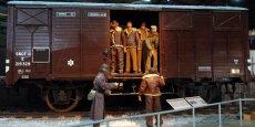 Représentation d'un wagon de la SNCF transportant des prisonniers de guerre américains vers l'Allemagne.