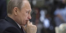 Arkady Bakhine et Anatoli Antonov, respectivement Premier vice-ministre de la Défense et vice-ministre de la Défense au sein du gouvernement russe, ont été ajouté dans la liste noire de l'Union européenne en février.