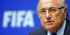 Je vais continuer à exercer mes fonctions d'ici là, et je suis désormais libre des contraintes d'une élection. Je vais me concentrer pour engager des réformes ambitieuses, a ainsi déclaré Sepp Blatter, président de la FIFA depuis 1998.