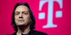 Les deux entreprises ont convenu que, une fois le rapprochement finalisé, John Legere, actuel directeur général de T-Mobile US, deviendrait directeur général du nouvel ensemble tandis que Charlie Ergen, actuel directeur général de Dish, prendrait la présidence, selon le WSJ.
