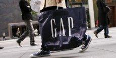 Gap emploie 141.000 personnes à temps plein et à temps partiel à travers le monde et dispose d'environ 1.600 magasins gérés en propre et en franchise.