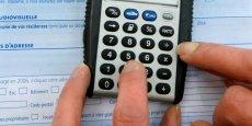 En 2014, selon l'Insee, les 10 % des personnes les plus modestes ont un niveau de vie inférieur à 10.770 euros annuels, alors qu'à l'autre bout de l'échelle, les 10 % les plus aisés disposent d'au moins 37.260 euros, soit 3,5 fois plus