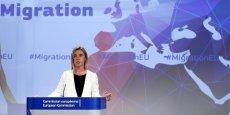 L'opération doit rendre impossible, pour les organisations criminelles, de réemployer les instruments qu'elles utilisent pour faire mourir des personnes en mer, expliquait la chef de la diplomatie européenne, Federica Mogherini au mois de mai.