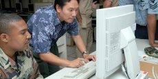 La marine américaine a encore besoin d'utiliser des logiciels déjà remplacés par des systèmes plus modernes. Et pour cause, l'obsolescence de ces systèmes les rend difficilement remplaçable, et les conserver nécessite des projets coûteux et périlleux.
