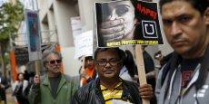 Un tribunal californien a rendu sa décision: oui, les chauffeurs Uber peuvent être considérés comme des employés. Ce jugement n'est pas contraignant mais il pourrait remettre en cause un des fondements de la startup.