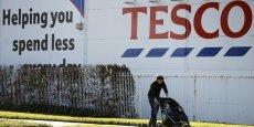 Tesco prévoit la suppression de 39.000 postes sur les trois prochaines années.