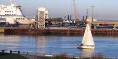 Le groupe Eurotunnel, qui exploite le tunnel sous la Manche, a engagé un recours devant la justice administrative en France contre ce projet de modernisation des ports de Calais et Boulogne.