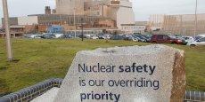 A l'entrée de l'usine Hinkley Point B dont EDF est maître d'oeuvre, la phrase la sûreté du nucléaire est notre priorité absolue est gravée sur une stèle.