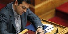 Alexis Tsipras devra convaincre le Parlement grec d'adopter un relèvement de la TVA, une réforme du système de retraite et une loi renforçant l'indépendance de l'institut national grec de la statistique, notamment.