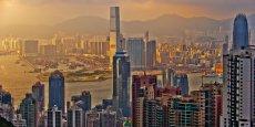 A Hong Kong, la marque Burberry enregistre une baisse des ventes de plus de 10%.