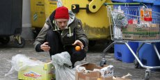 Les banques alimentaires ont distribué l'an dernier des repas à 1,8 million  de personnes en France.