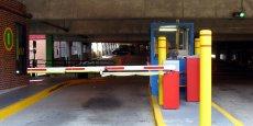 Depuis le 1er juillet, dans le cadre de la loi Hamon sur la consommation, les parkings doivent facturer par tranche de 15 minutes au maximum. Pour l'association de défense des consommateurs et des usagers : Les professionnels ont cherché une compensation en augmentant les tranches de tarif à l'heure ou pour vingt-quatre heures