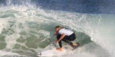 En surfant sur le succès populaire d'une épreuve organisée en pleine saison estivale, l'organisation du Sooruz Lacanau Pro réussit à boucler son budget en séduisant des sponsors et partenaires parfois éloignés du monde du surf.
