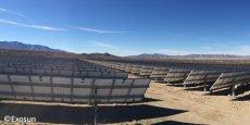Le tracker solaire horizontal à un axe, Exotrack® HZ, installé sur un terrain désertique