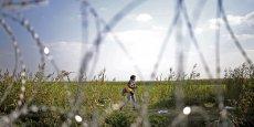 La Hongrie met en oeuvre mardi une nouvelle législation destinée à rendre sa frontière avec la Serbie infranchissable pour les migrants.