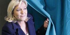A trois mois des élections régionales, la présidente du FN est bien placée pour gagner la région Nord-Pas-de-Calais/Picardie, en cas d'une triangulaire
