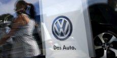 Volkswagen a annoncé mardi 4 novembre que des incohérences inexpliquées sur les émissions cette fois de dioxyde de carbone (CO2) avaient été découvertes sur environ 800.000 véhicules diesel supplémentaires du groupe.