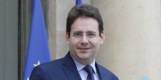 Le secrétaire d'Etat au Commerce extérieur Matthias Fekl a notamment reproché aux Etats-Unis le fait que leurs parlementaires aient accès à l'ensemble des documents concernant les négociations, contrairement à leurs homologues européens.