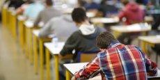 Dans un rapport publié mardi 29 septembre, les Sages de la rue Cambon ont établi que le coût moyen d'un lycéen français était supérieur de 38% à la moyenne des 34 pays de l'OCDE, soit 10 102 euros. Pour des résultats très moyens.