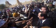 Hollande en visite à Tombouctou au Mali, trois semaines après le début de l'intervention militaire française.