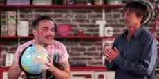 Nicolas Hulot lui-même se met en scène aux côtés des humoristes les plus populaires de l'internet français